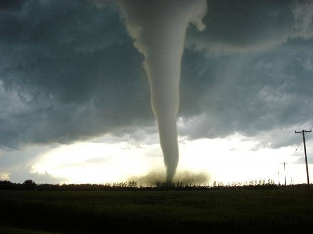 F5_tornado_Elie_Manitoba_2007.jpg