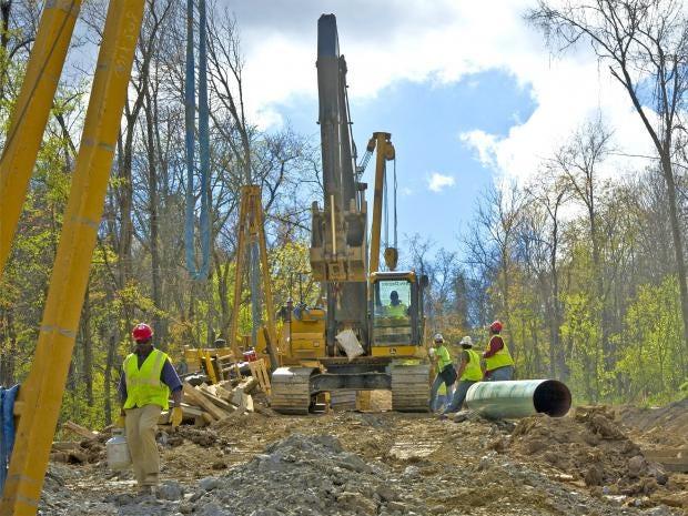 pg-32-fracking-getty.jpg