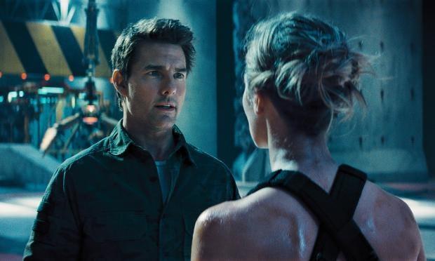 Tom-Cruise-Edge-of-Tomorrow.jpg