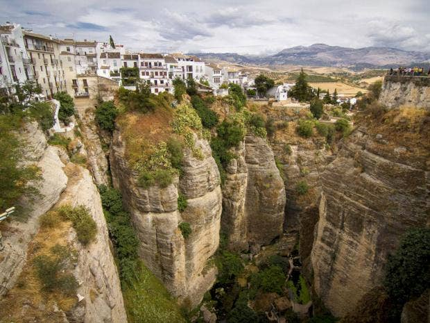 Hill towns of Andalucia: for high art, go for vulture culture