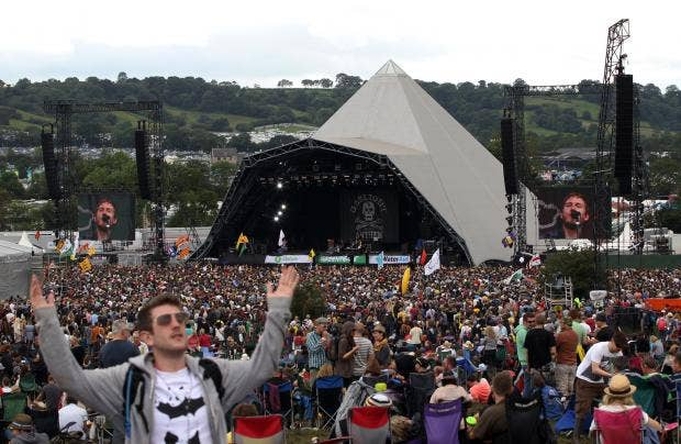 Glastonbury-pyramid-stage.jpg