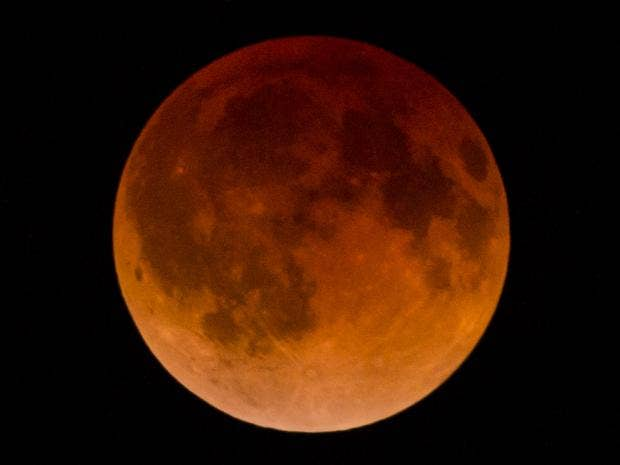 Lunar eclipse 2014: Images of the spectacular 'blood moon ...