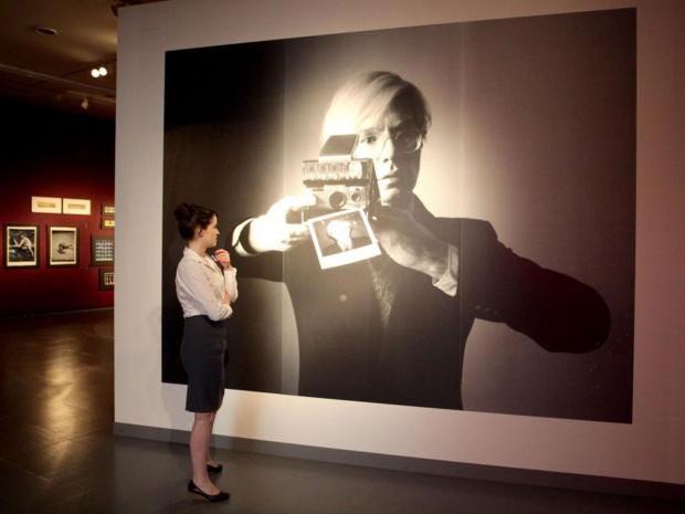 34-Warhol-Alamy.jpg