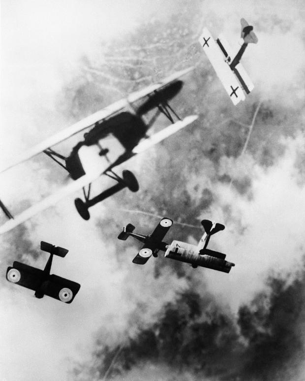 044_aerialbattle.jpg