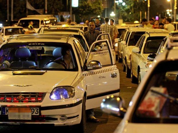 pg-25-egypt-taxis-corbis.jpg