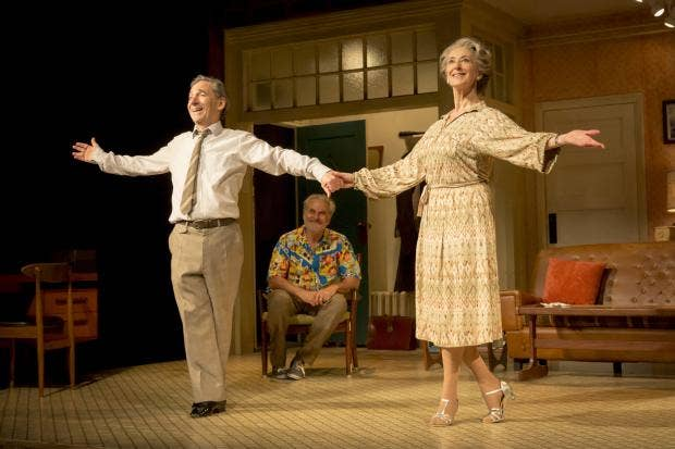 Joe (Harry Shearer), Billy (Oliver Cotton) and Elli (Maureen Lipman). Photo Credit Johan Persson.jpg