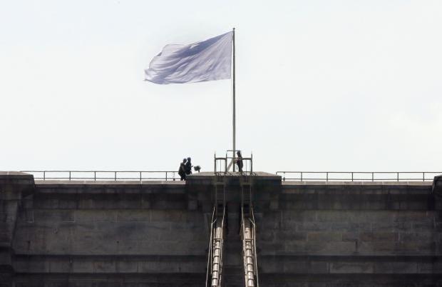 White-Flag-Brooklyn-Bridge.jpg