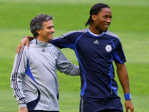 Mourinho-Drogba.jpg