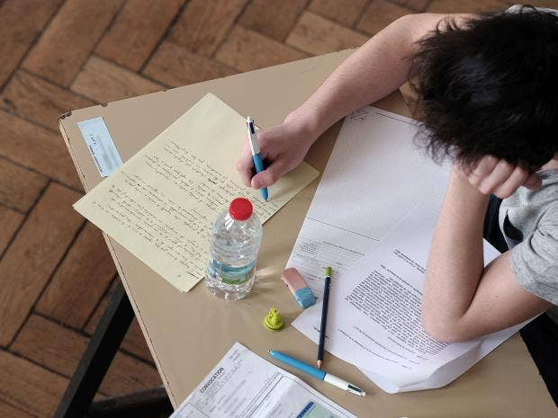 student essay proofreading Get your papers and writing assignments proofread by a pro submit perfect grammar and punctuation every time get help from an online proofreading tutor.