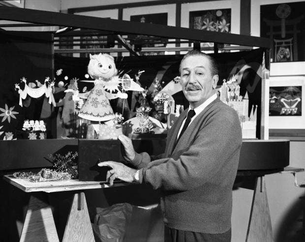 AN50149738WALT DISNEY ñ In.jpg