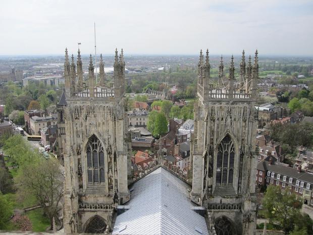 York_Minster_Towers.jpg