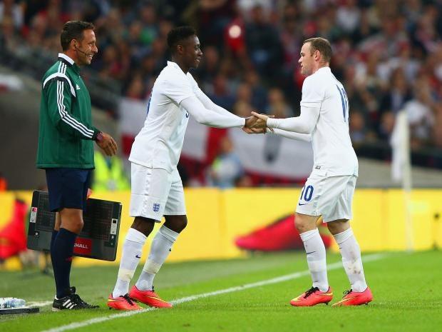 Wayne_Rooney-Danny_Welbeck.jpg
