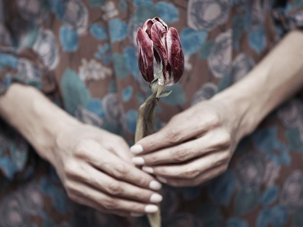 web-bereavement-RF-corbis.jpg