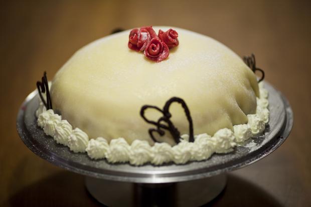 Great Cake Recipes Uk: Great British Bake Off: Swedish Princess Cake Recipe