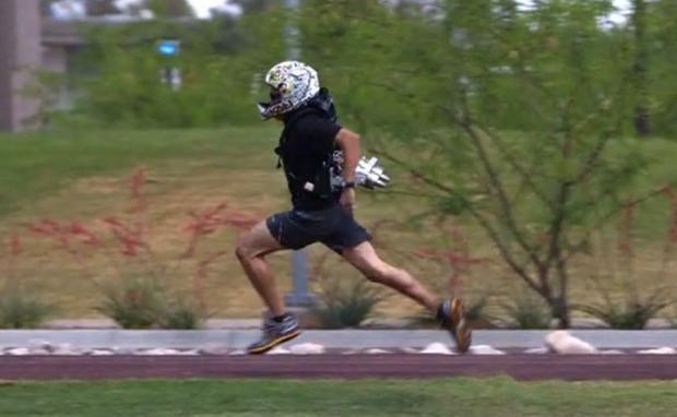 jetpack-runner-soldier-futu.jpg