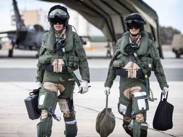 6-Pilots-PA.jpg