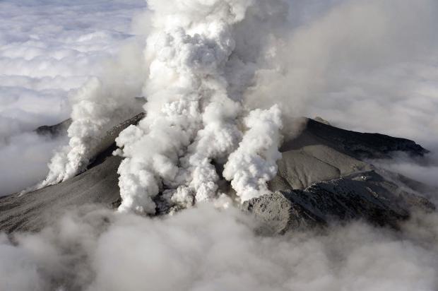ontake-volcano2.jpg