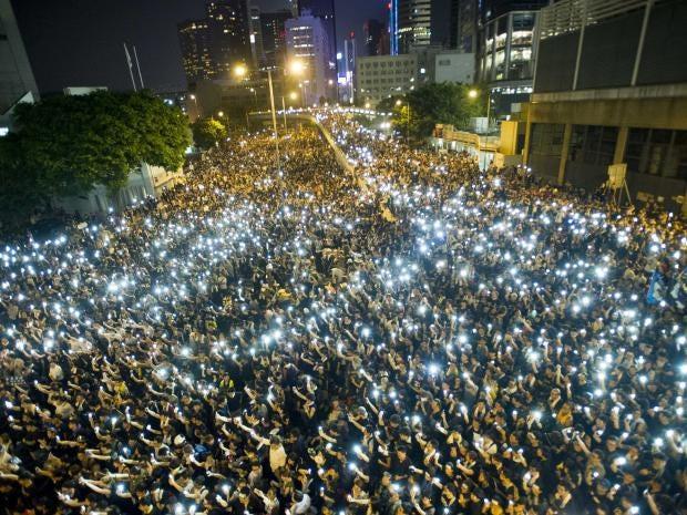 Hong-Kong-mobile-vigil.jpg