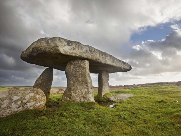 Lanyon_Quoit_Cornwall.jpg