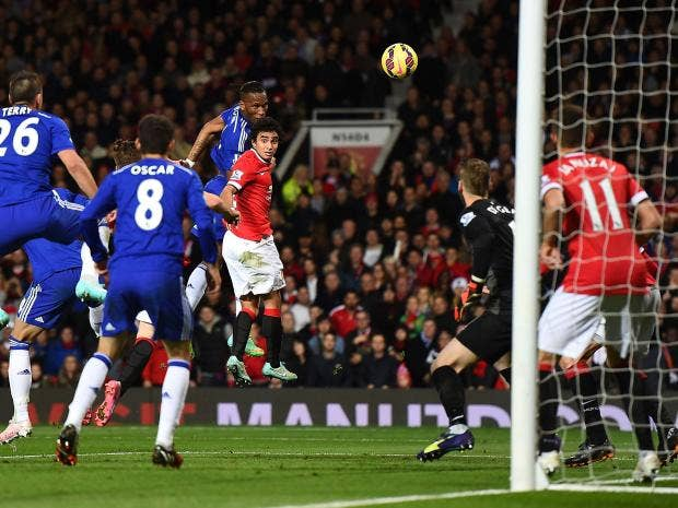Manchester united 1 chelsea 1 player ratings who was better robin didier drogba heads in chelseas goal getty images robin van persies fandeluxe Document