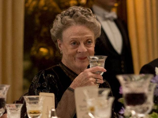 Downton Abbey, series 5 episode 7, review: Drama finally romps towards  energetic finale