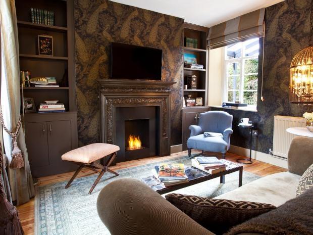 Water_Meadow_Cottage_living_room.jpg