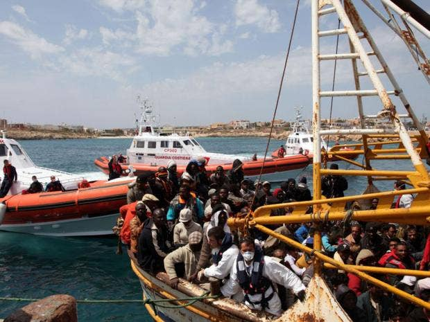 42-Lampedusa-AP.jpg