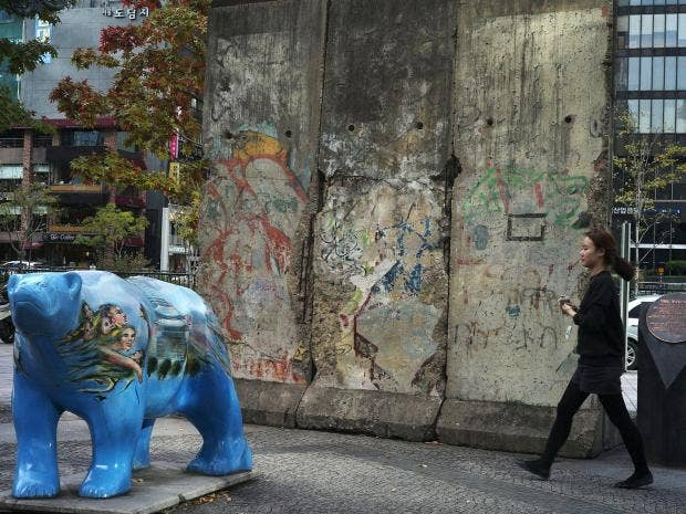 berlin-wall-14.jpg
