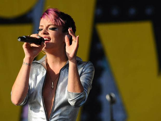 Lily Allen makes Donal... Lily Allen Playlist