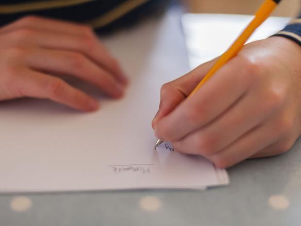 Left-handed.jpg