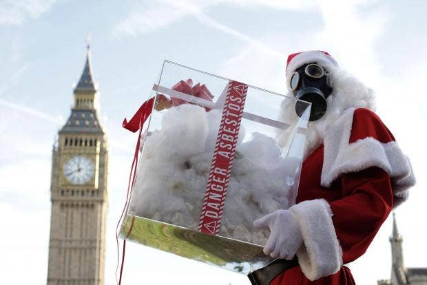 Santa-outside-Houses-of-Parliament-3.jpg