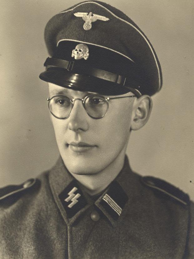 Oskar-Groning.jpg
