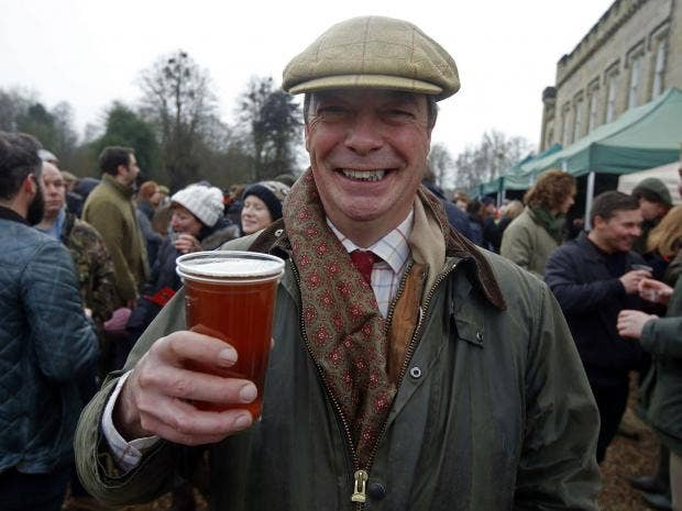 nigel-farage-pint.jpg