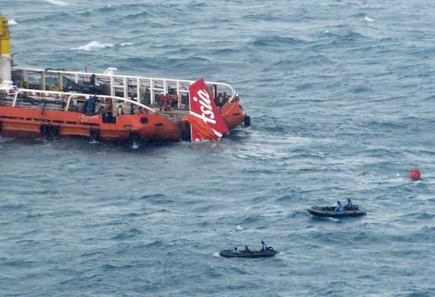 air-asia-tail-plane2.jpg