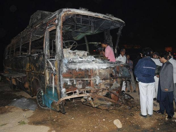 pakistan-bus.jpg