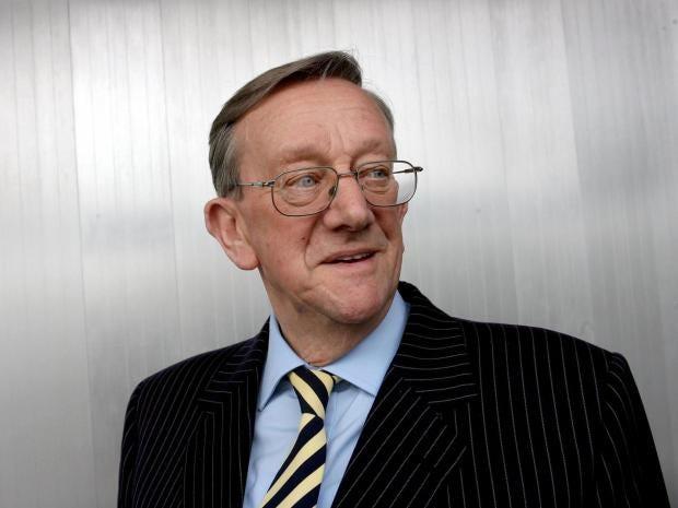 Sir-Ken-Morrison.jpg