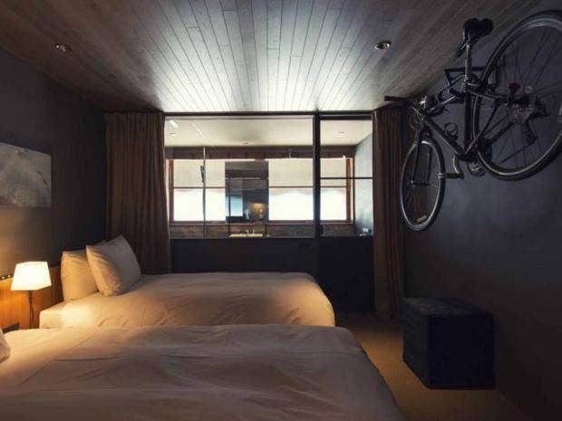 room_service.jpg
