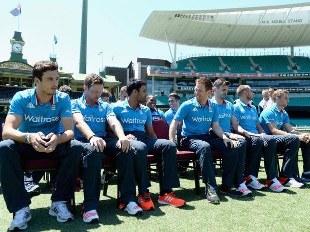 England-captain-Eoin-Morgan-shares-a-joke-with-his-team-before-posing-for-a-team-photo-at-the-Sydney-Cricket-Ground.jpg