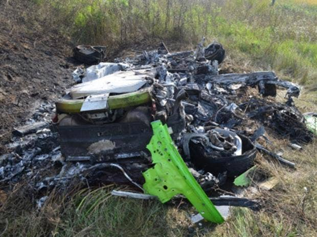 video shows the first lamborghini huracan crash at over 200mph