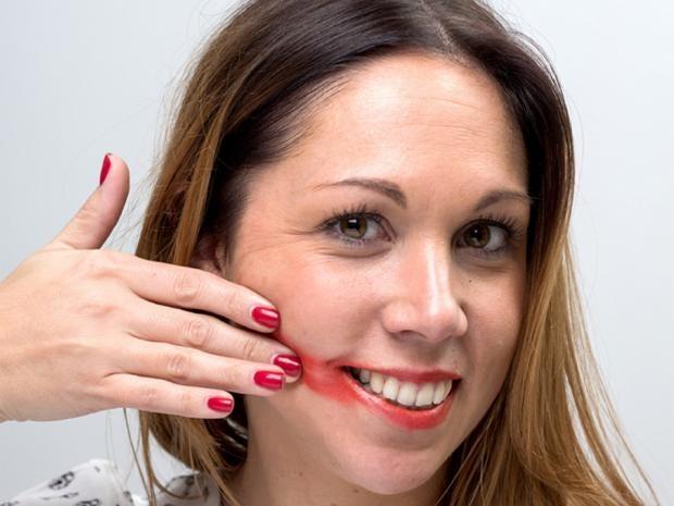 amy-smear-test-lipstick.jpg