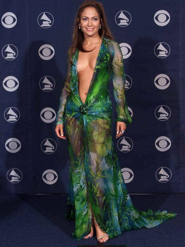 Jennifer Lopezu0026#39;s Green Versace Dress Led To The Creation Of Google Image Search | The Independent