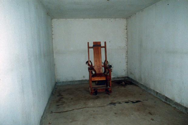 gas-chamber.jpg