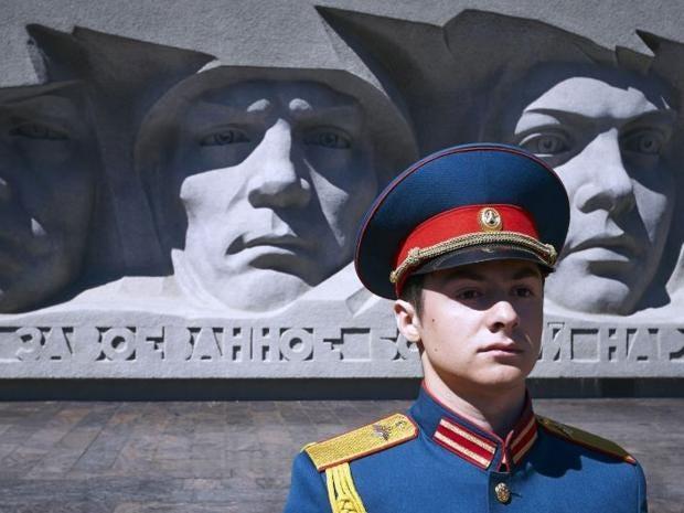 AN62645082An-honour-guard-s.jpg
