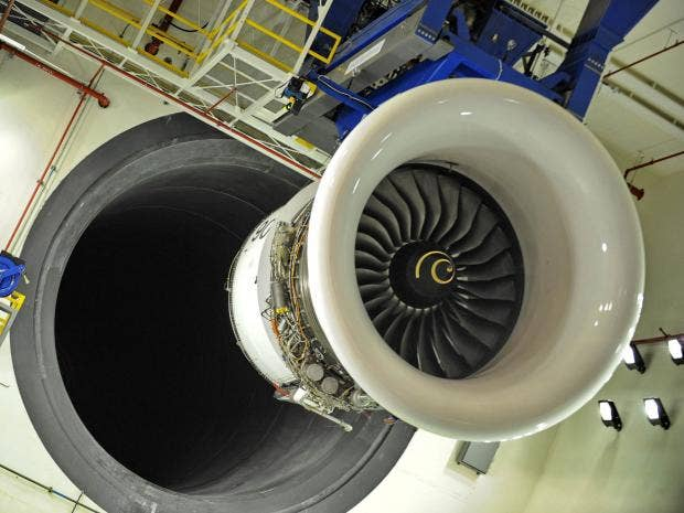 Rolls-Royce-engine.jpg
