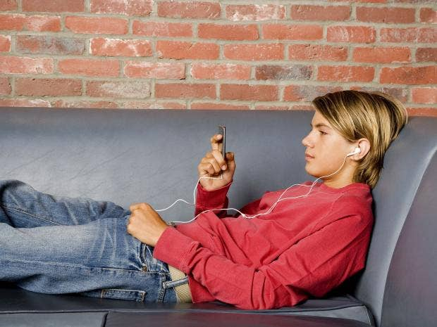 boy_listening_to_music.jpg