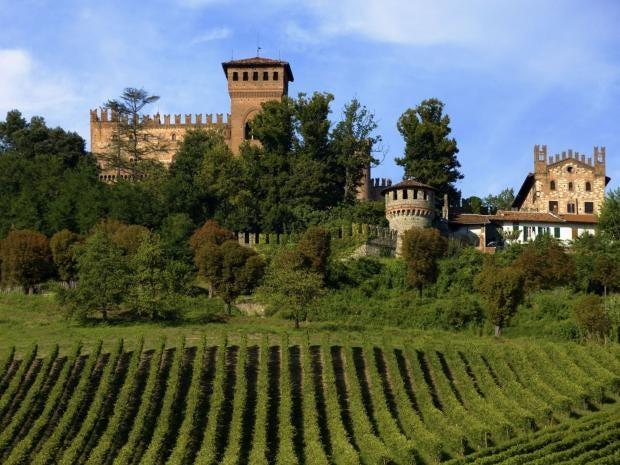 35-Castello-Gabiano.jpg