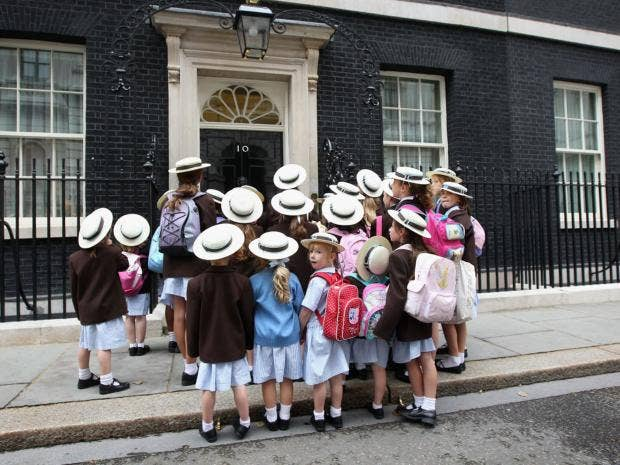 20-Girls-Downing-Street-get.jpg