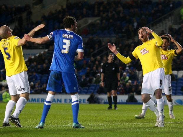 Derby-players-look-dejected-after-Richard-Keogh-goes-close.jpg