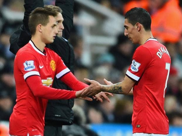 Adnan-Januzaj-of-Manchester-United-replaces-Angel-di-Maria.jpg