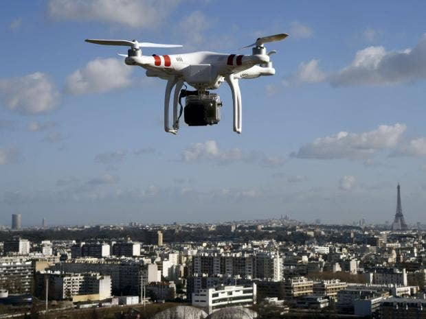 Image result for रॉयल पैलेस के सुरक्षा घेरे में घुस गया ड्रोन